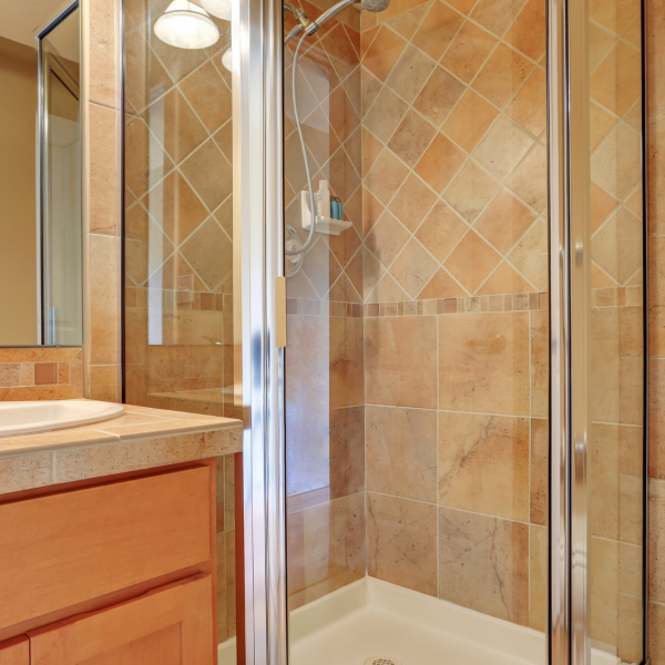 Estos son los 3 productos para colocar una mampara de ducha que marcarán la diferencia. ¡Y resulta que los tenemos en Suvican!